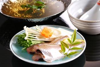 春素材を使った日替わり鍋(一人鍋)