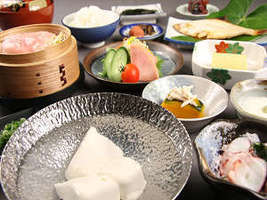 手造り豆腐もある朝食にもこだわってます