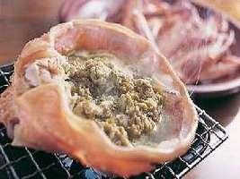 香ばしいカニの甲羅味噌焼き