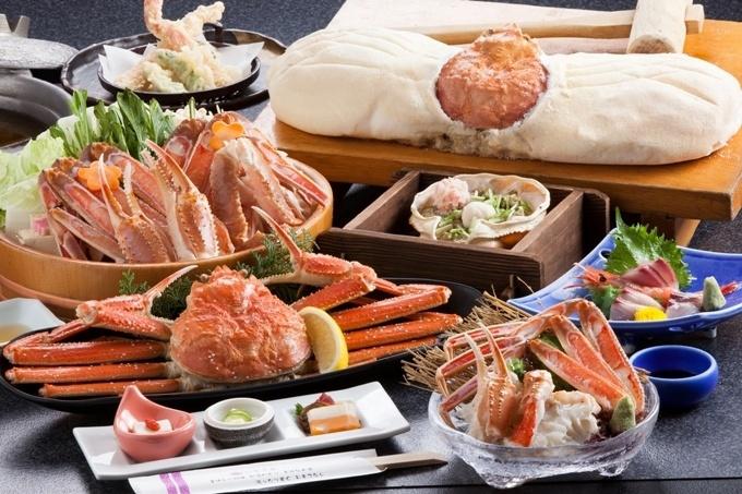 ご夕食の一例。イメージ写真となります。仕入れにより、素材が変更となる場合がございます。